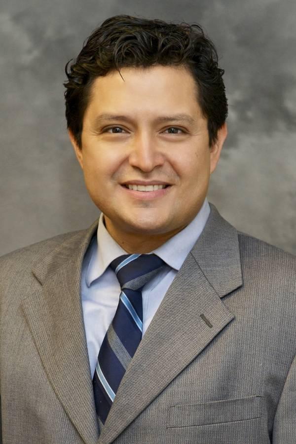 Cesar Cruz, MD